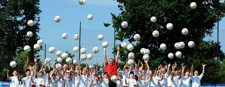 Hans Dorfner Fußballschule beim KFZ Hagspiel FC Hittisau